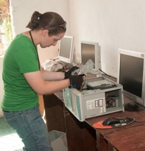 Liberia_Gwen with computers